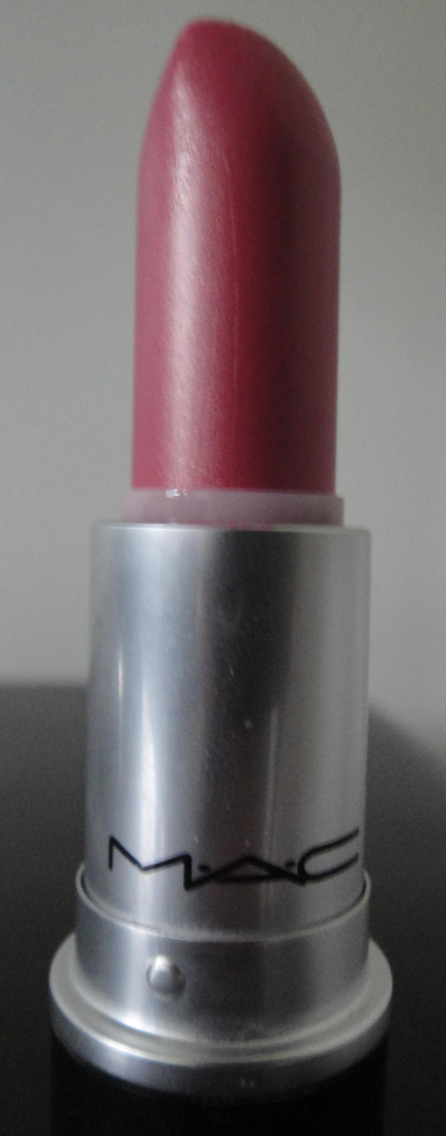 Mac Cosmetics Eye Shadow: MAC BOMBSHELL LIPSTICK (FROST) REVIEW